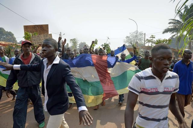 Samedi dernier, lors d'une visite sur un campus,... (Photo ERIC FEFERBERG, AFP)