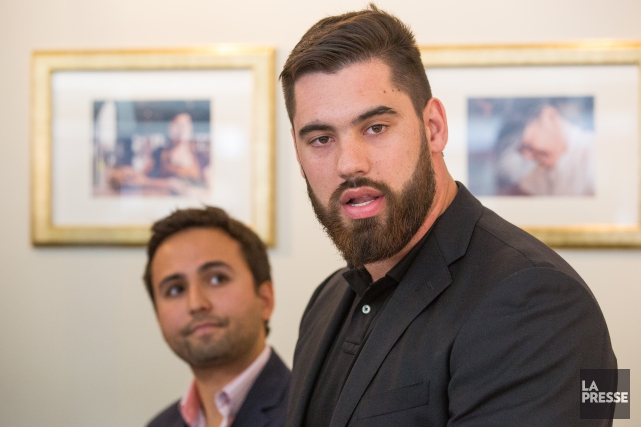 Laurent Duvernay-Tardif a paraphé une prolongation de contrat de... (Photo Simon Giroux, La Presse)