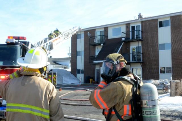 Le feu s'est déclaré vers 10h20 mardi matin,... (Photo collaboration spéciale Éric Beaupré)