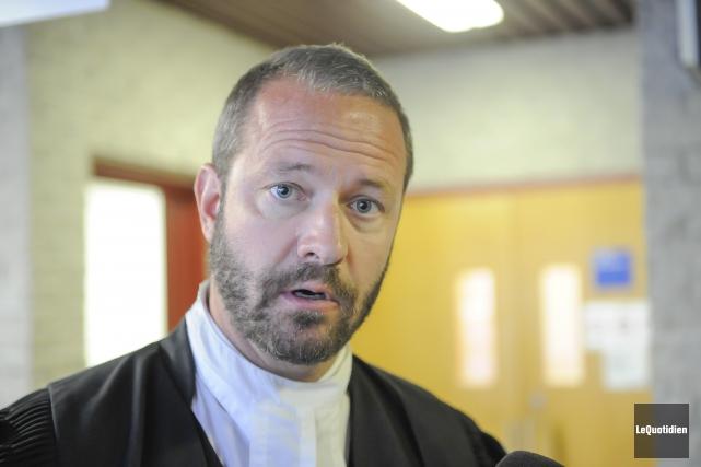 Me Dominic Bouchard croit que Stéphane Girard doit... (Archives Le Quotidien, Gimmy Desbiens)