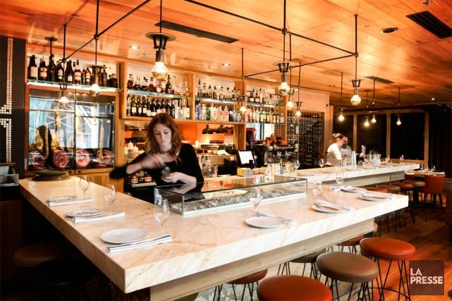 Le Tapas 24 offre des tables d'hôte à... (PHOTO BERNARD BRAULT, LA PRESSE)