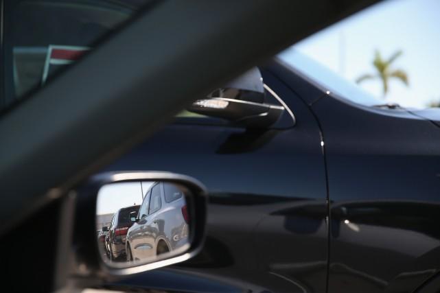 Les constructeurs américains ont connu des sorts divergents pour leurs ventes... (Photo JOE RAEDLE, AFP)