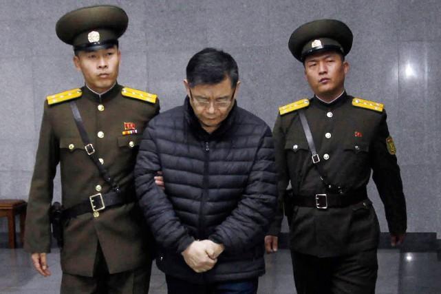 Le pasteur canadien, Hyeon Soo Lim, au centre,... (Jon Chol Jin, archives AP)
