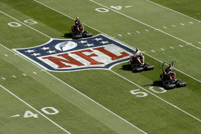 Le plafond salarial de la NFL passera à 167 millions $ US en 2017, une hausse... (Photo Kelvin Kuo, USA Today Sports)