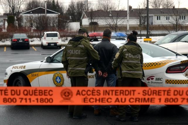 Les policiers de la Sûreté du Québec sont... (Photo collaboration spéciale Éric Beaupré)