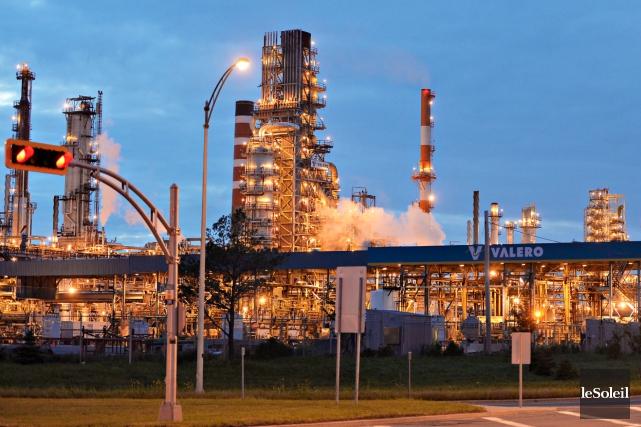 La raffinerie Valero devra payer une amende de... (Photothèque Le Soleil, Pascal Ratthé)