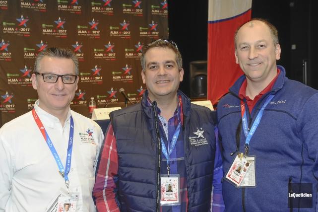 Le président du COFJQA, Jean-Denis Toupin, et son... (Photo Le Quotidien, Gimmy Desbiens)