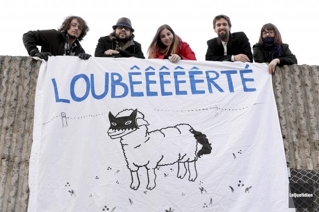 Julien, Simon, Johanna, Nicolas et Cindy font partie... (Photo Le Quotidien, Jeannot Lévesque)