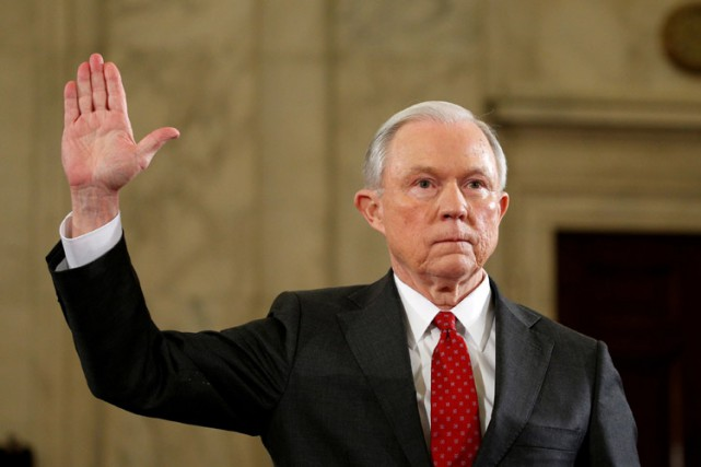 Jeff Sessions a déclaré n'avoir eu «aucune communication... (PHOTO REUTERS)