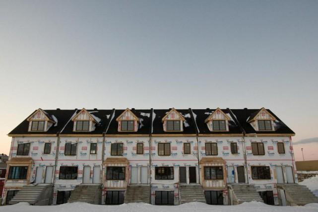 La banlieue continue à croître et son visage... (PHOTO DAVID BOILY, LA PRESSE)