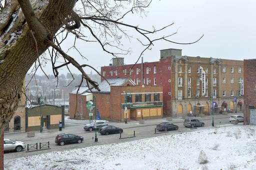 Certains édifices du centre-ville de Sherbrooke ont été... (Spectre Média, Maxime Picard)