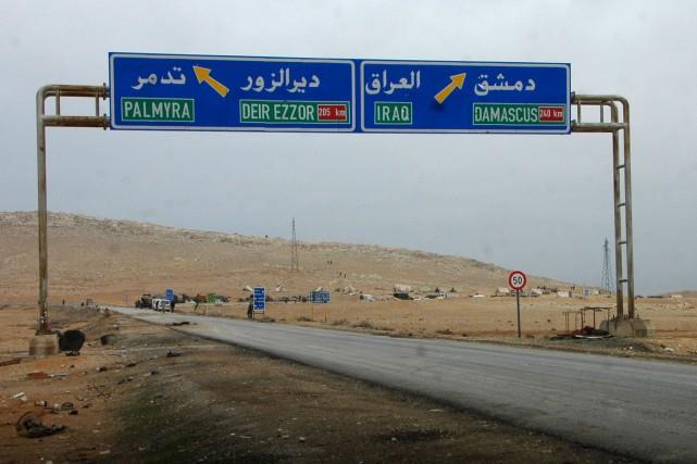 Les djihadistes de l'État islamique auraient subi un... (AFP, STR)