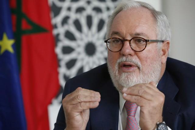 Le commissaire de l'UE chargé de l'action pour... (Photo Abdeljalil Bounhar, archives AP)