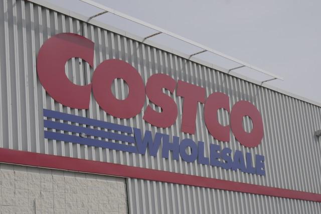 chez Costco photo rene marquis... (rene marquis)