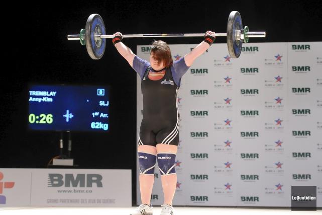 Annie-Kim Tremblay a remporté trois médailles de bronze... (Photo le Quotidien, Gimmy Desbiens)