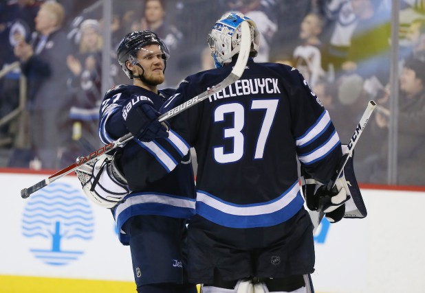 Connor Hellebuyck... (Photo Bruce Fedyck, USA TODAY Sports)