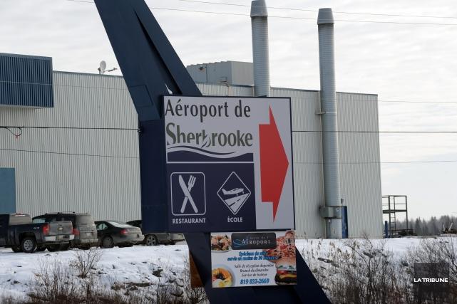 L'aéroport de Sherbrooke... (Archives La Tribune)