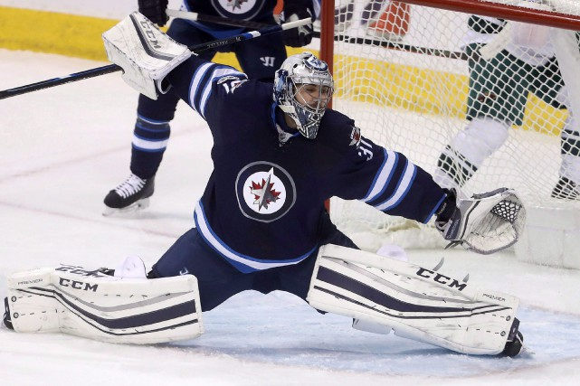 Ondrej Pavelec... (Photo Trevor Hagan, La Presse canadienne)