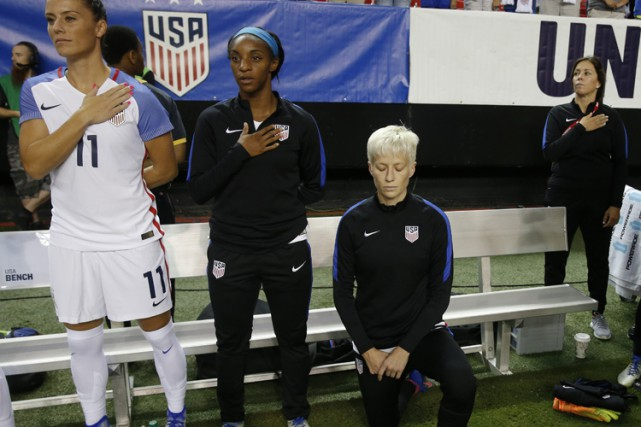En septembre 2016, Megan Rapinoe avait posé un... (PHOTO AP)