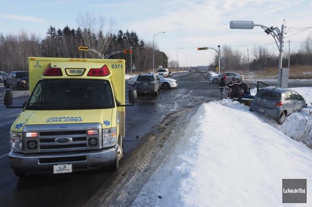 Plusieurs accidents ont eu lieu à l'intersection de... (archives La Voix de l'Est)