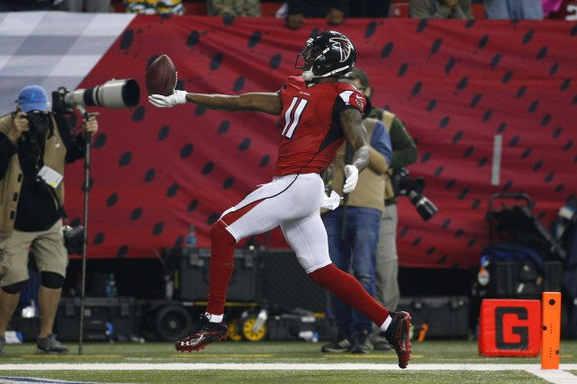 Julio Jones... (Photo Brett Davis, USA Today Sports)