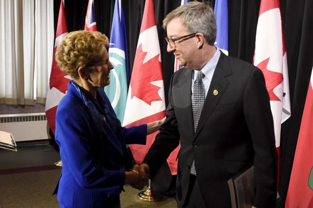 Le maire d'Ottawa, Jim Watson, dresse un bilan... (La Presse canadienne)
