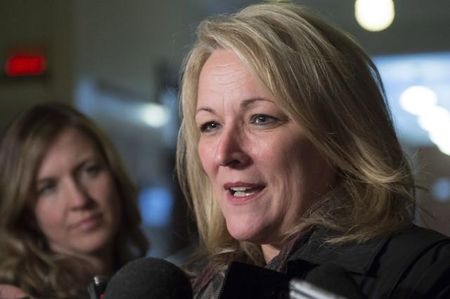 La ministre de la Condition féminine, Lise Thériault... (Archives La Presse canadienne)