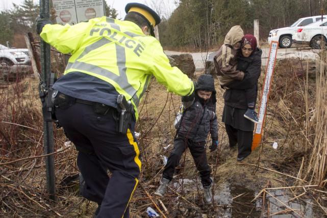 Un agent de la GRC a intercepté mercredi... (La Presse canadienne, Ryan Remiorz)