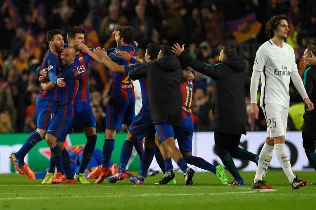 Le FC Barcelone a réussi une des remontées... (Photo Lluis Gene, AFP)
