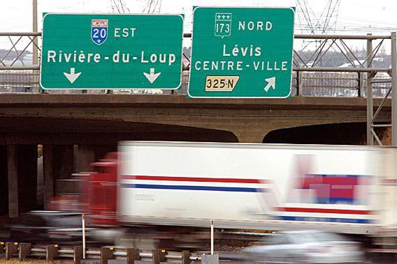 L'autoroute 20 passera de deux à trois voies... (Photothèque Le Soleil, Erick Labbé)