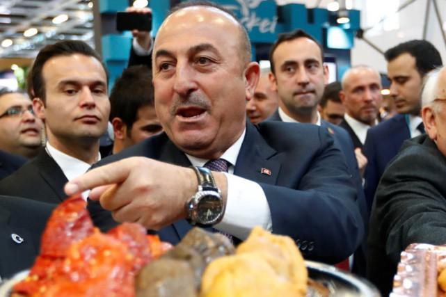 Le ministre turc des Affaires étrangères, Mevlut Cavusoglu.... (PHOTO REUTERS)
