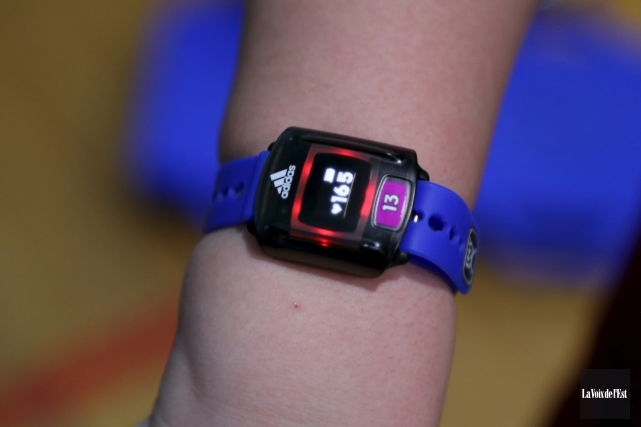 Les montres utilisées donnent le rythme cardiaque et... (Janick Marois, La Voix de l'Est)