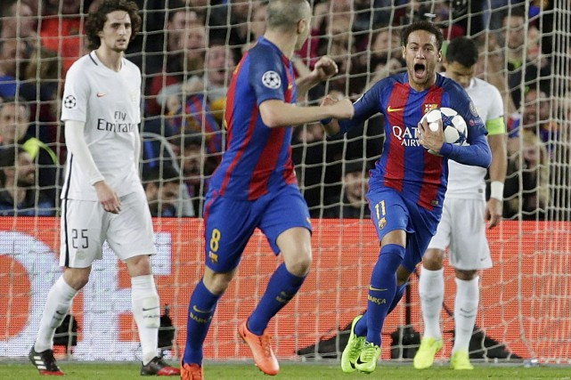 La remontée historique de Neymar et du FC... (AP, Emilio Morenatti)