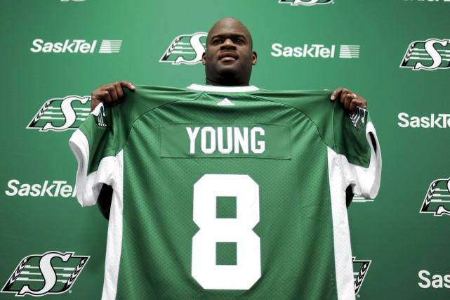 Vince Young, qui n'a pas participé à un... (La Presse canadienne, Mark Taylor)