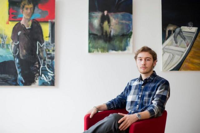Né à Québec, Thomas Brassardexpose une trentaine d'oeuvres... (Photo Edouard Plante-Fréchette, La Presse)