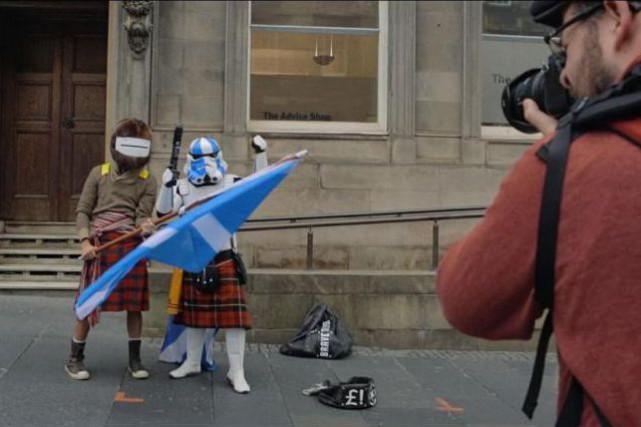 Sans beaucoup d'inventivité formelle, le documentaire Yes est... (Photo fournie parBabel Films)