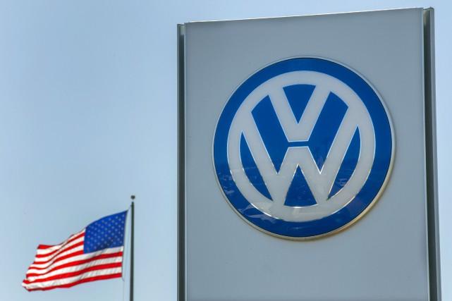 Volkswagen a accepté de verser 23 milliards de... (Archives REUTERS)