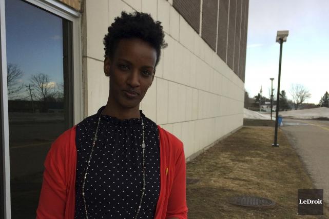 Réfugiée originaire du Burundi, Ketty Nivyabandi a discuté... (Patrick Duquette, Le Droit)