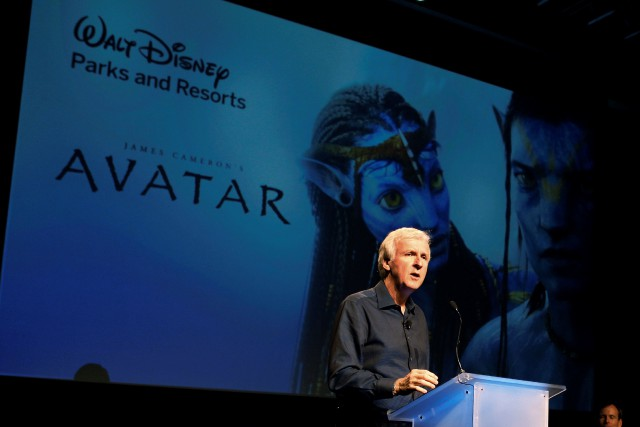 James Cameron soutient que les scénarios des quatre films... (Photo Fred Prouser, REUTERS)
