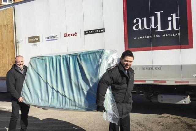 Le directeur des opérations de auLit, Jacques René,...