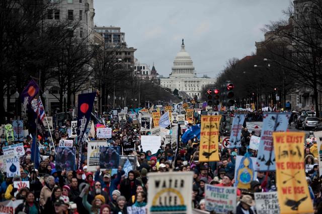 Des centaines de personnes ont fait savoir leur... (AFP, Brendan Smialowski)