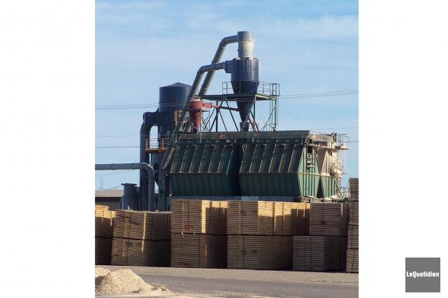 L'arrêt de production à la scierie de Saint-Thomas-Didyme... (Archives Le Quotidien)