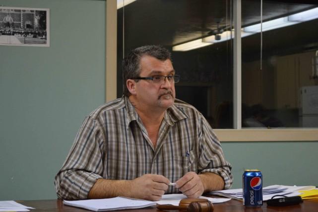 Le maire de Lochaber-Ouest, Jean-Pierre Girard, se limite... (Benoit Sabourin, archives Le Droit)