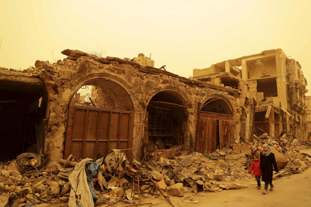L'enfer syrien se répercute actuellement dans le bourbier... (AFP, JOSEPH EID)