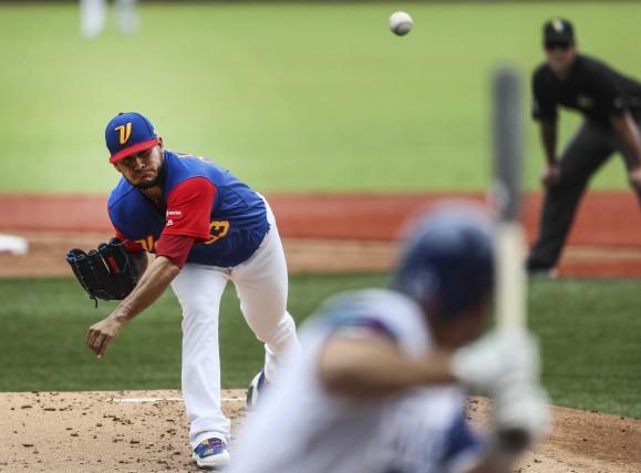 Le lanceur vénézuélien Martin Perez... (Photo Luis Gutierrez, AP)
