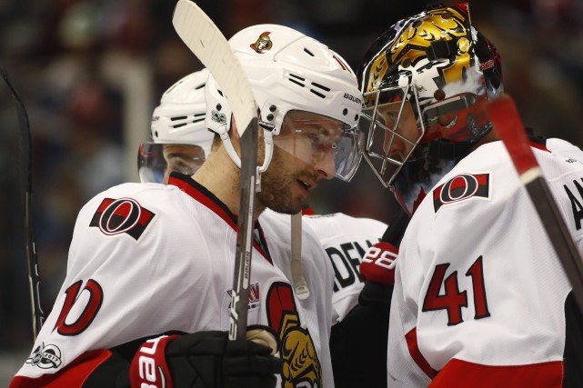 Tom Pyatt et Craig Anderson... (Photo David Zalubowski, AP)