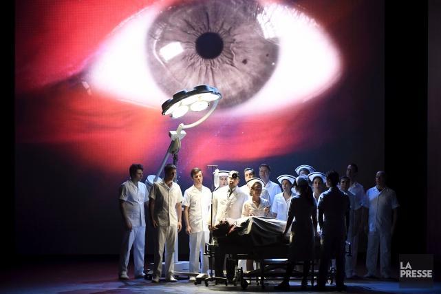 La première mondiale de l'opéra Another Brick In... (La Presse, Bernard Brault)