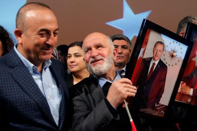 Le ministre turc des Affaires étrangères, Mevlut Cavusoglu,... (PhotoVincent Kessler, REUTERS)