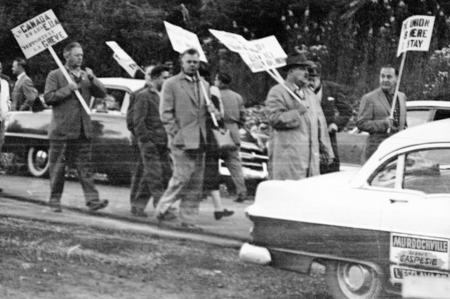 La grève de 1957 à Murdochville: l'éveil des ouvriers.