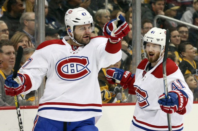 Alexander Radulov et Paul Byron à Pittsburgh le... (PHOTO REUTERS)